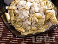 Салата от зелен боб с бял дресинг / сос от сусамов тахан
